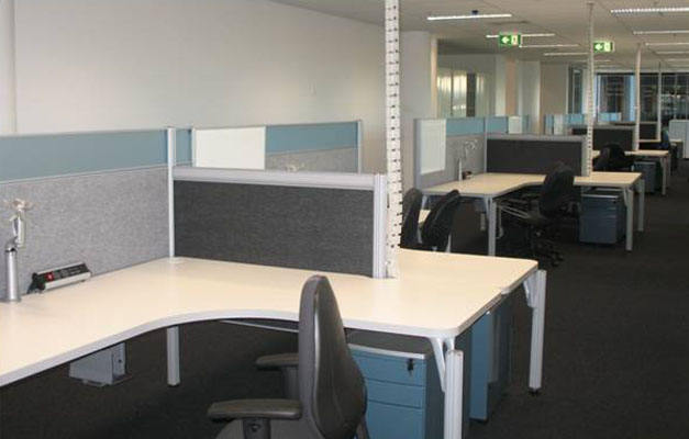 Macmahon South Brisbane Fitout - workstation